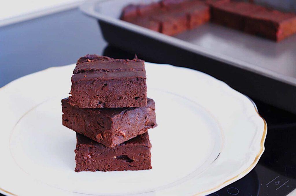 Pumpkin Raspberry Vegan Brownies - Almost Zero Waste