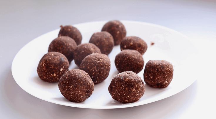 Vegan Energy Balls (7 Ingredients & One Bowl) - Almost Zero Waste