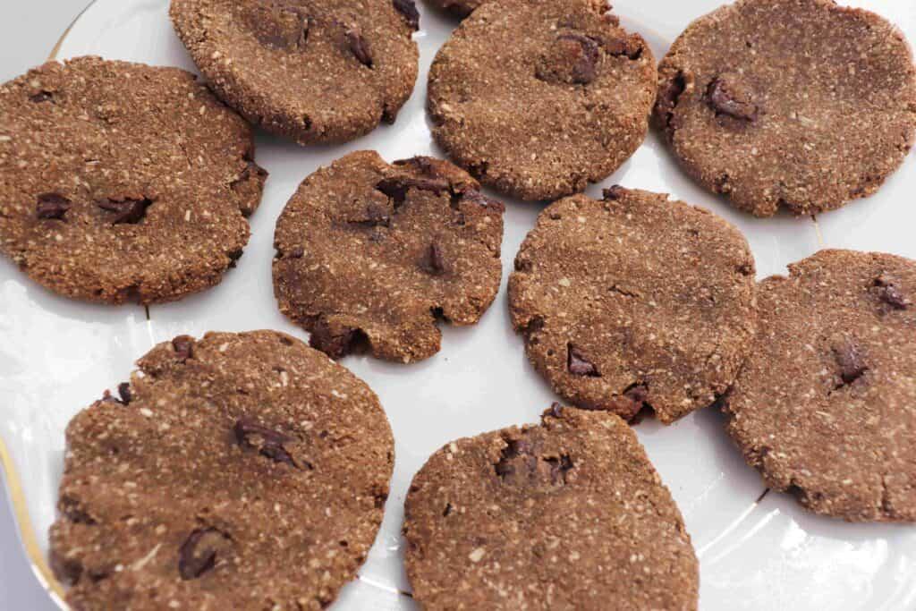Banana Oatmeal Chocolate Chip Cookies (Vegan) - Almost Zero Waste