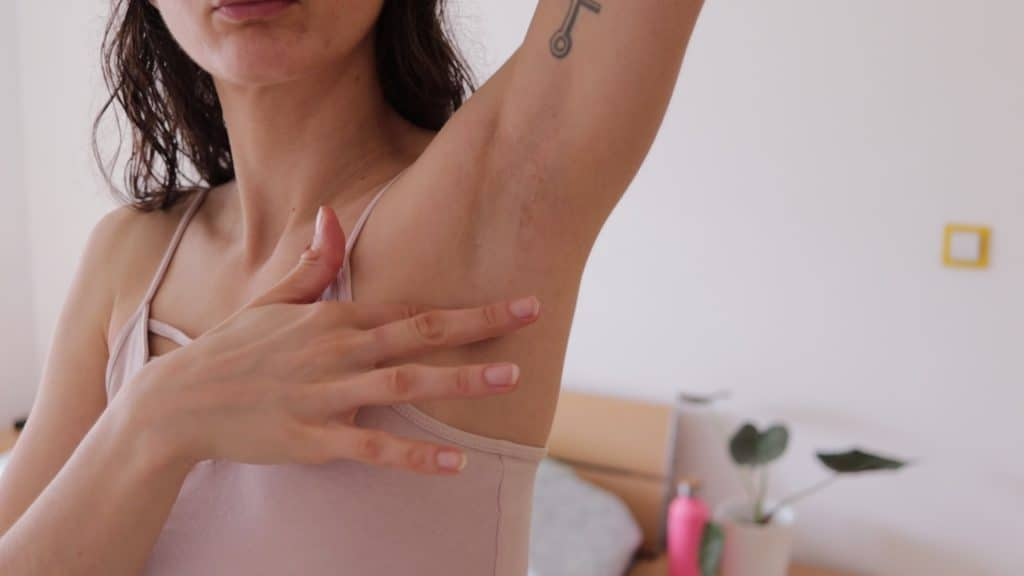 DIY deodorant for smelly armpits,DIY natural deodorant,Zero waste deodorant